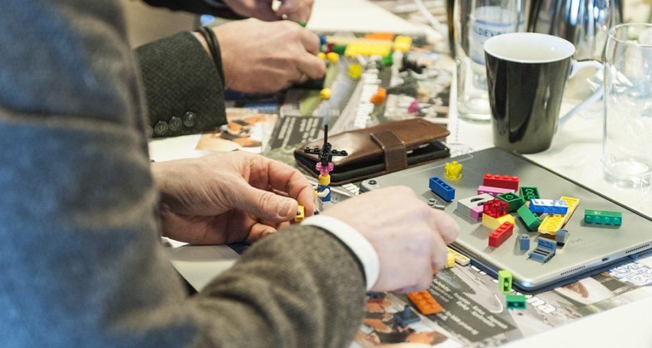 Innovative virksomheder er gode til at få ideer. Men de skal også skaleres. Det hjælper de erfarne med.