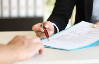 Få rådgivning fra de bedste partnere. Vi holder dig opdateret i Next Step Challenge og samarbejder med Dahl Law